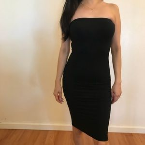 •RESTOCKED• Black Strapless Tube Midi Dress